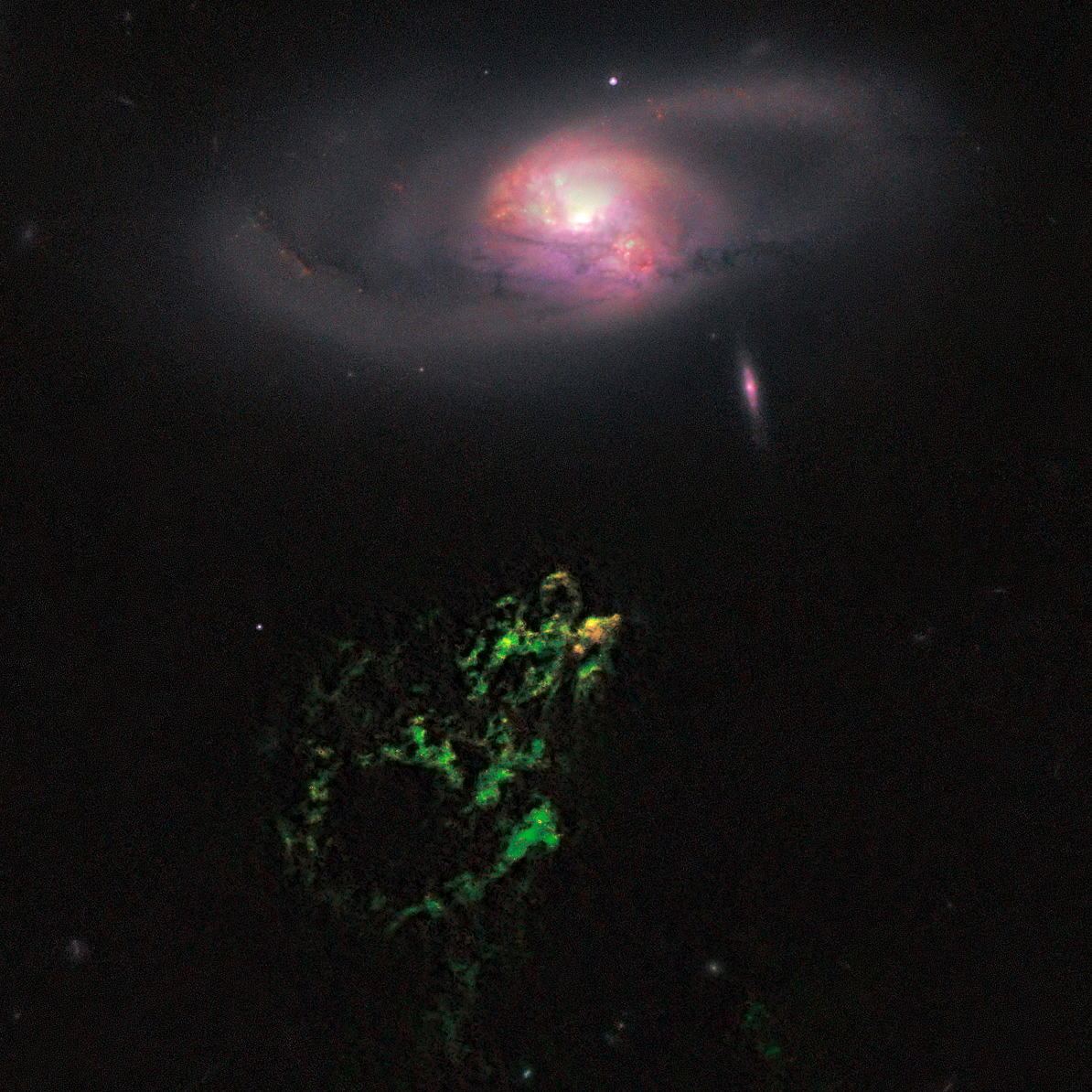 Hanny's Voorwerp imaged by the Hubble
